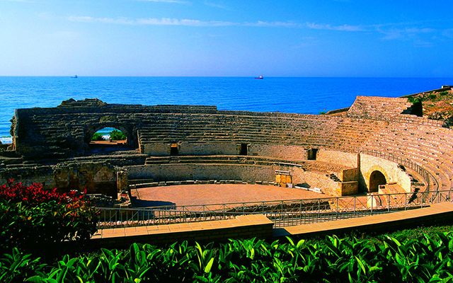 Tarragona Amphitheatre - UNESCO World Heritage Site in Tarragona